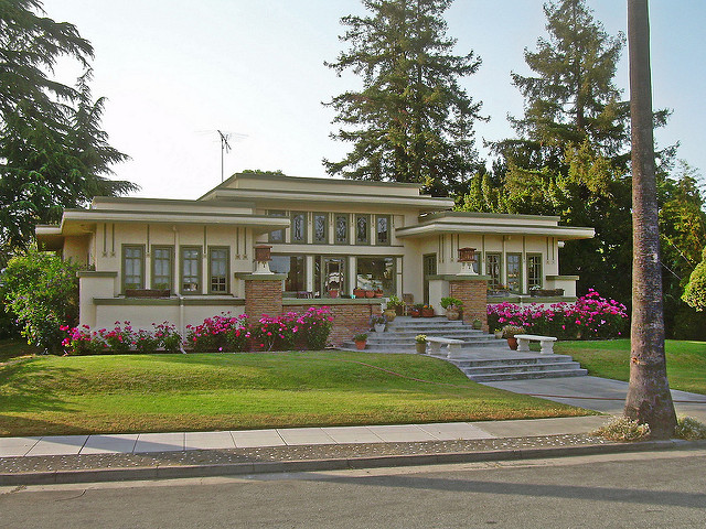 Craftsman prairie style home for Prairie style house characteristics